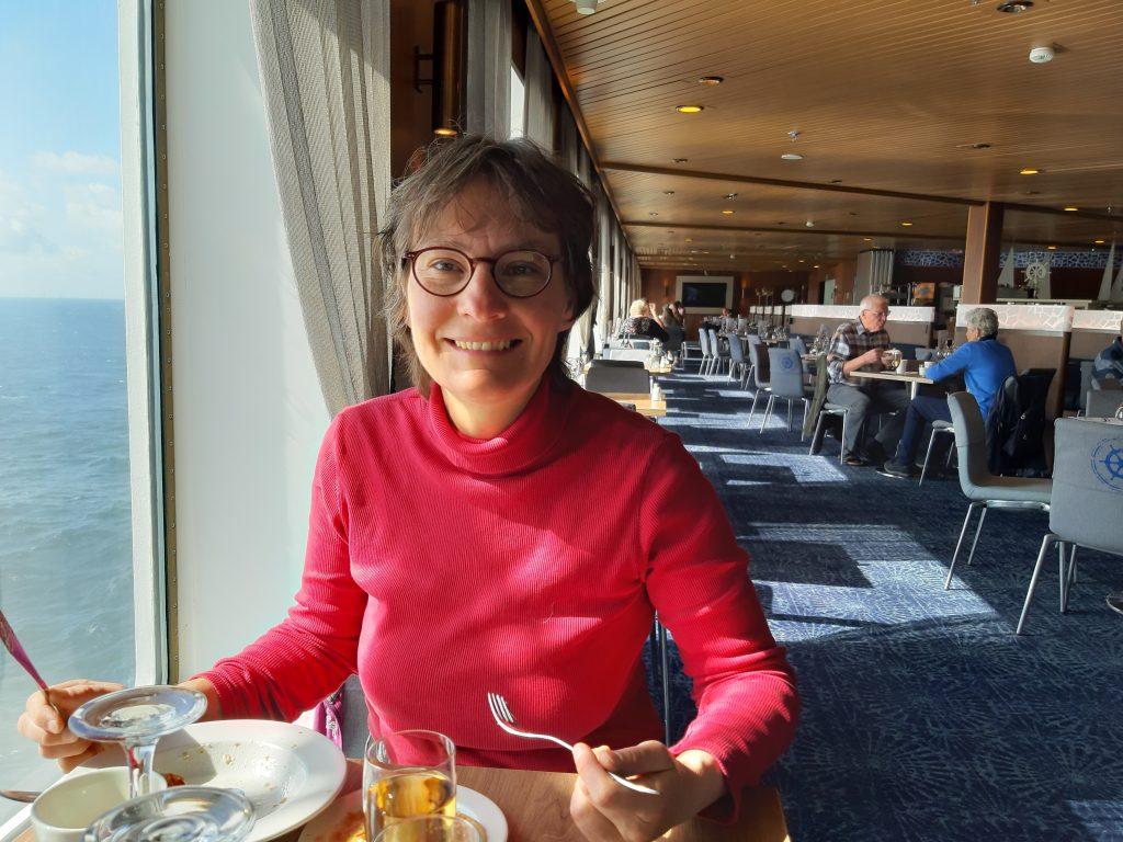 Frühstück auf der Fähre nach Helsinki