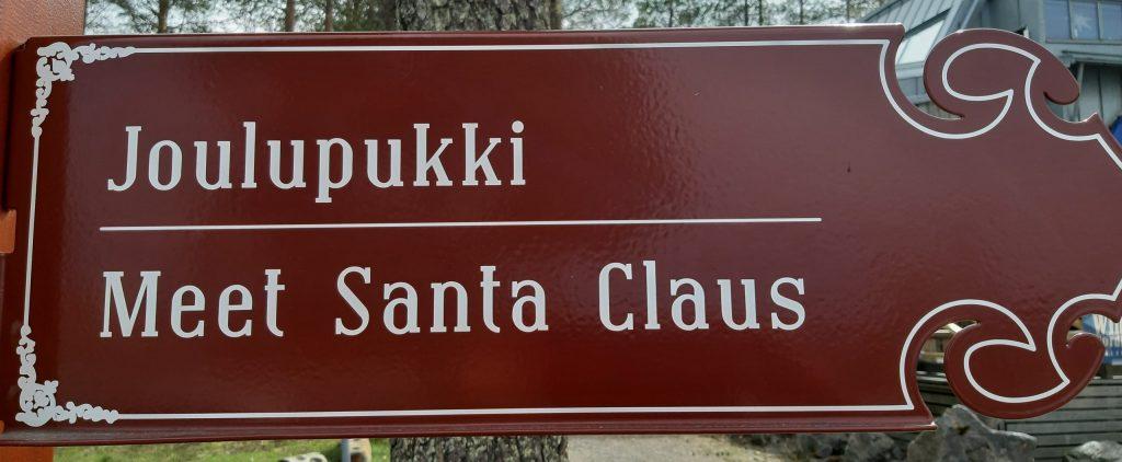Da geht es zum Joulupukki